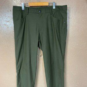 Lululemon Green Casual Pants 38 x 33